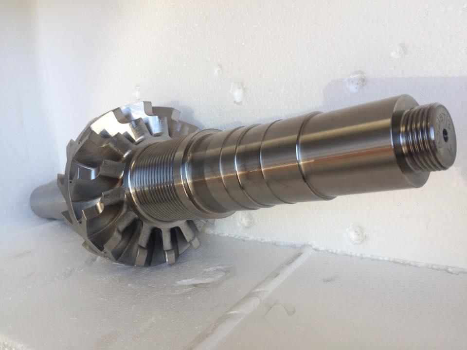 Rotor shaft balancing